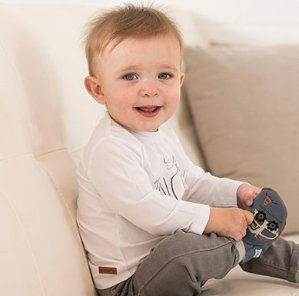 $10 Off $50+Free Shipping Baby Shoes Sale @ Robeez