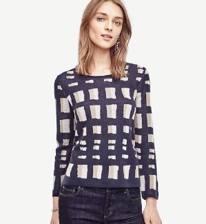 40% Off + Extra 10% OffEntire Purchase @ Ann Taylor