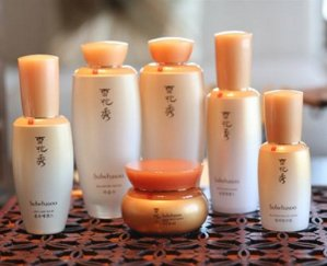 Up to $300 Gift Card With Sulwhasoo Purchase @ Neiman Marcus