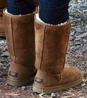 Up to 42% Off UGG Shoes @ Lord & Taylor