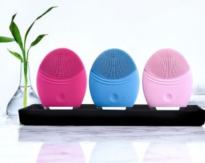 Up to $200 Off Foreo LUNA™ 2 Professional @ Bergdorf Goodman