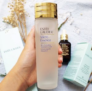 Get 4 Deluxe Samples with $45 Estée Lauder Micro Essence Skin Activating Treatment Lotion Purchase @ Saks Fifth Avenue