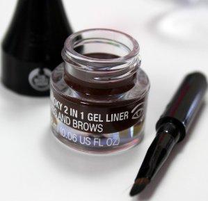 $6.752-IN-1 SMOKY GEL LINER & BROW DEFINER @ The Body Shop