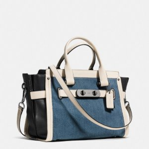 Up to 60% Off Coach Handbags @ Bloomingdales
