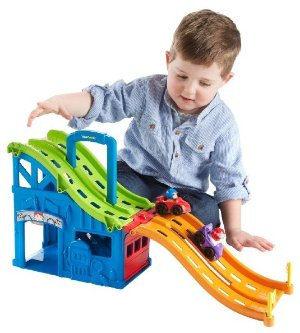 $13.2 Fisher-Price Little People Wheelies Race and Chase Carrier