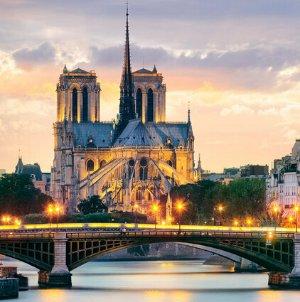 $577+Fly Round-Trip to Paris