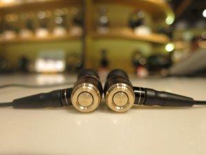 JPY 20,916/$ 208.68 JVC HA-FX850 WOOD Dome Unit In-Ear Headphones