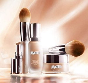Free 5pc set ($182.8 Vlaue) on The New Skin Color Collection Purchase Over $350 @ La Mer