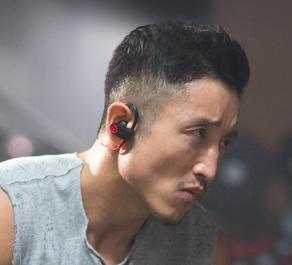 Beats by Dr. Dre - Geek Squad Certified Refurbished Powerbeats2 Wireless Earbud Headphones - Black