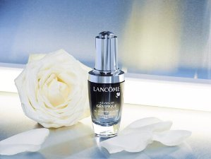$59.5 For 13-pc. set($342 value)with any Lancôme Purchase  @ Bon-Ton