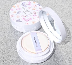 fresh cushion blush limited edition @ Shu Uemura