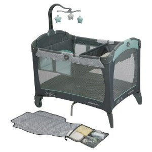Graco Pack 'n Play Playard Change 'n Carry - Manor