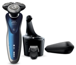 $139.95 Philips Norelco Electric Shaver 8900 with SmartClean, Wet & Dry Edition S8950/90