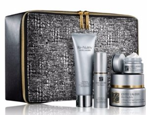 $270(A $521 Value ) Estée Lauder Re-Nutriv Indulgent Luxury for Face Ultimate Lift Age-Correcting Creme Set @ Saks Fifth Avenue
