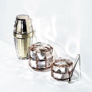 Free Gift Set ($170 value) with Illuminating Trio Purchase @ Cle de Peau Beaute