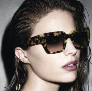 Up to 60% offBlack Friday Sale @ Sunglass Hut