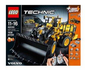 $199.99 LEGO Technic 42030 Remote Controlled VOLVO L350F Wheel Load