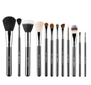 25% Off SIGMA Essential Kit @ Beauty.com