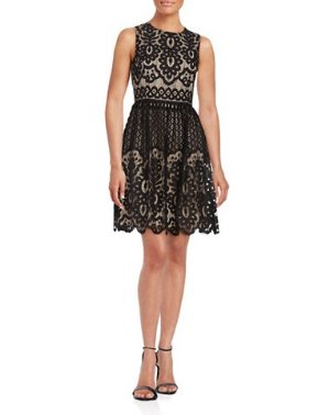 Up to 80% Off Dresses on Sale @ Lord & Taylor