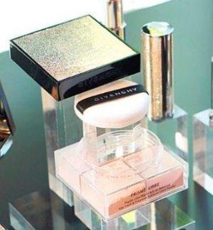 $54 Givenchy Prisme Libre Voile Audacieux Edition