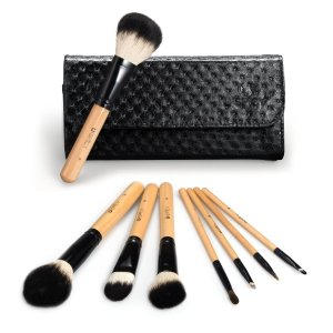 $6.99 USpicy 8 Pieces Wooden Handle Make Up Brush Set