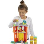 $8.46 Play-Doh Town Firehouse