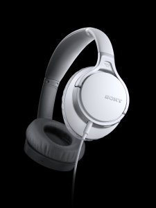 $78.88 Sony MDR-10RNCIP Noise-Canceling Wired Headphones (White)