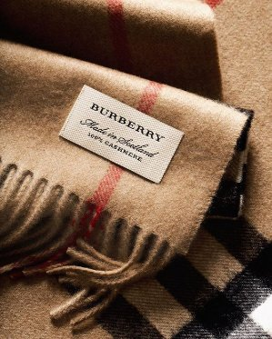 Burberry Heritage Camel Check Scarf