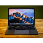 Apple MacBook Pro 13 w/ Retina Display MLUQ2LL/A (i5, 8GB, 256GB)