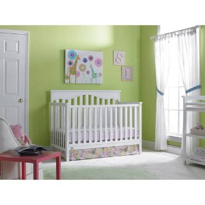 Fisher-Price Ayden 4-in-1 Fixed-Side Convertible Crib