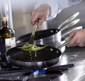 Up to 40% Off + Extra 25% Off + Extra 15% Off Scanpan Cookwares on Sale @ macys.com