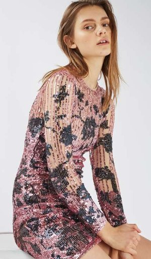 Up to 50% OffEnd of Season Sale @ Topshop