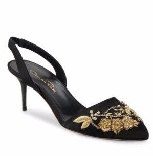$349.99(原价$790)Oscar de la Renta 黑色刺绣矮跟鞋