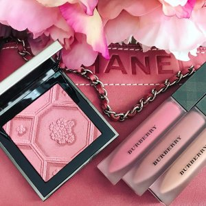 New Arrival!Burberry Beauty Silk and Bloom Blush Palette @ Nordstrom