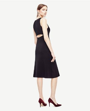 Extra 50% Off with Black Dresses Purchase @ Ann Taylor