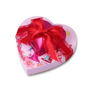 Valentine's Day Chocolate Hearts Tower | GODIVA
