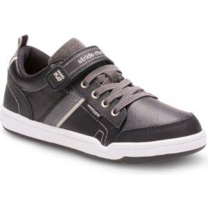 Stride Rite Made2Play® Kaleb Sneaker