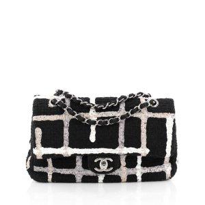 white/black Tweed CHANEL Handbag - Vestiaire Collective