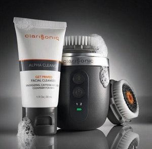 $149.99 Clarisonic Alpha Fit Men's Cleansing Gift Set