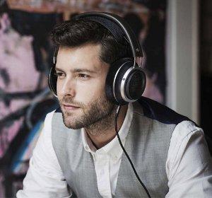 £131.62/$171.66 Philips X2 Fidelio Headphone