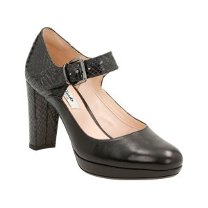 Clarks Black Kendra Gaby Leather Pump | zulily
