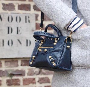 Up to 53% Off Prada, Balenciaga and more brands Hangbags, Shoes @ Rue La La