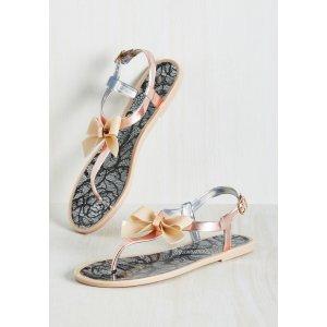 Bow Motion Sandal | Mod Retro Vintage Sandals