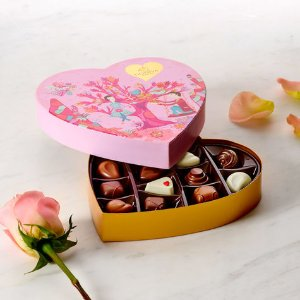 Valentine's Day Heart Chocolate Gift Box, 14 pc. | GODIVA