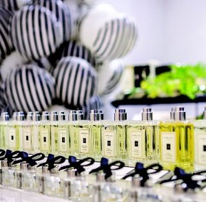 a duo sample offer of the Basil & Neroli Cologne and English Pear & Freesia CologneWith Purchase Over $100 @ Jo Malone