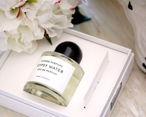 Free 26-Pcs GWP BYREDO @ Barneys New York