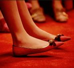 60% Off Gucci Moody Bee Leather Skimmer Bow Flats Sale @ Saks Fifth Avenue