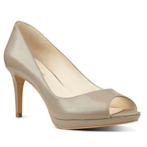 Gelabelle Peep Toe Pumps