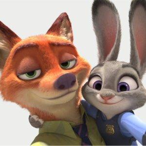 小编推荐:还记得《疯狂动物城》里可爱的狐狸尼克和朱迪警官嘛~这