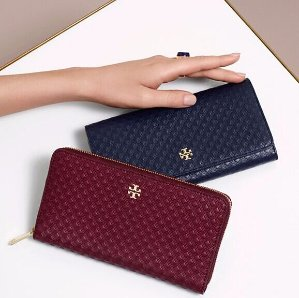 Up to 70% Off Private Wallets Sale @ Tory Burch